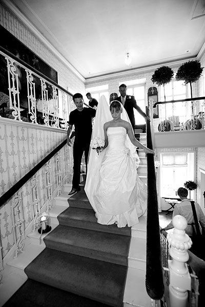 bruden på trappen